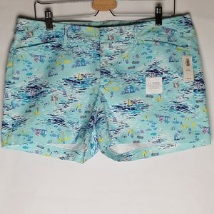 Old Navy Pixie Shorts beach/sailboat pattern 12